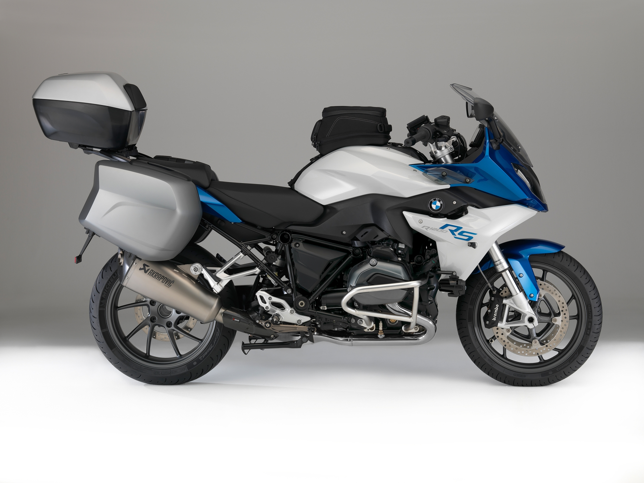 2015-bmw-r1200rs-photo-gallery_34